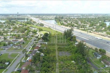 Home for Sale at 5050 Peters Rd, Plantation FL 33317