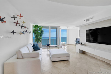Home for Sale at 19333 Collins Ave #2605, Sunny Isles Beach FL 33160