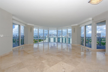 Home for Sale at 19333 Collins Ave #1910, Sunny Isles Beach FL 33160