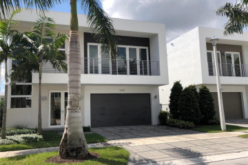 Home for Rent at 9788 NW 75 St, Doral FL 33178