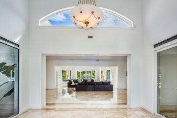 Home for Rent at 98 La Gorce Circle, Miami Beach FL 33414