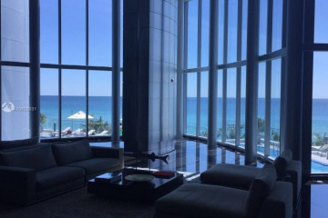 Home for Sale at 17001 Collins Ave #1705, Sunny Isles Beach FL 33160