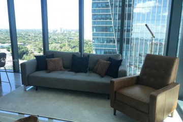 Home for Rent at 1451 Brickell Ave #1906, Miami FL 33131