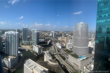 Home for Sale at 200 Biscayne Boulevard Way #4810, Miami FL 33131