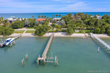Home for Sale at 615 S Beach Rd, Jupiter FL 33469