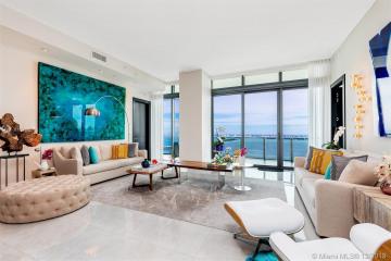 Home for Sale at 460 NE 28th St #PH4003, Miami FL 33137