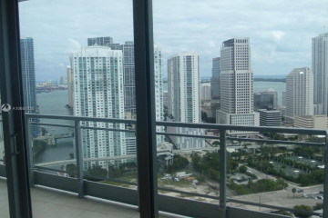 Home for Sale at 90 SW 3rd St #3510, Miami FL 33130