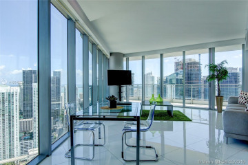 Home for Sale at 92 SW 3rd St #4801, Miami FL 33130