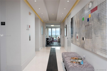 Home for Sale at 1100 Biscayne Blvd #2101, Miami FL 33132