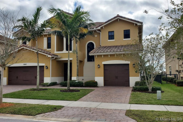Home for Rent at 10140 Edgewater Ct, Parkland FL 33076