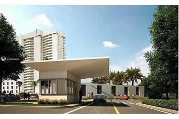 Home for Sale at 14951 Royal Oaks Ln #1006, North Miami FL 33181