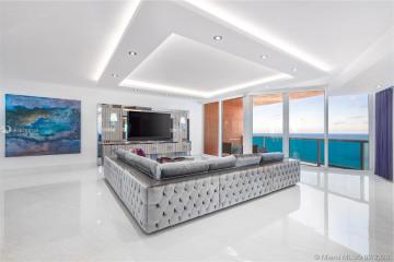 Home for Sale at 300 S Pointe Dr #3801/3802, Miami Beach FL 33139