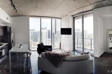 Home for Sale at 151 SE 1st St #3511, Miami FL 33131