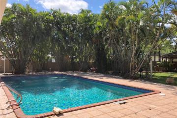 Home for Rent at 2500 NE 207th Ter, Miami FL 33180