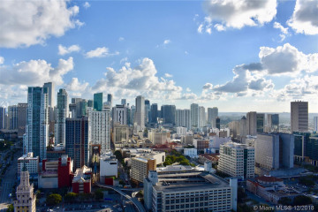 Home for Sale at 888 Biscayne Blvd #4003, Miami FL 33132