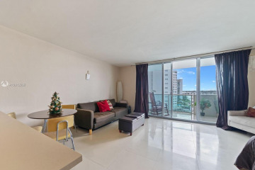 Home for Sale at 1200 West Ave #928, Miami Beach FL 33139