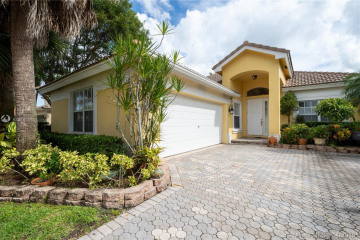 Home for Sale at 6360 NW 110th Ave, Parkland FL 33076