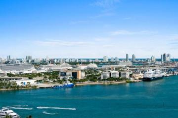 Home for Sale at 50 Biscayne Blvd #2502, Miami FL 33132