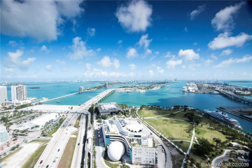 Home for Rent at 1100 Biscayne Blvd #3802, Miami FL 33132