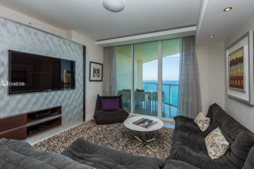 Home for Rent at 16699 Collins Ave #4101, Sunny Isles Beach FL 33160