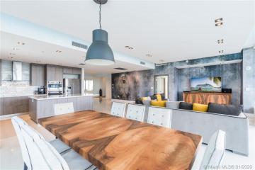 Home for Sale at 1800 N Bayshore Dr #PH3715, Miami FL 33132