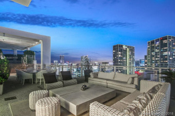 Home for Sale at 900 Brickell Key Blvd #PH3401, Miami FL 33131
