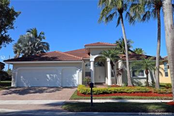 Home for Sale at 2557 Jardin Terrace, Weston FL 33327