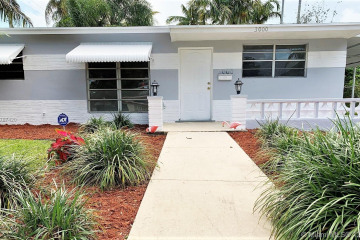 Home for Sale at 3000 N 72nd Way, Hollywood FL 33024
