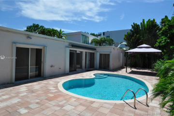 Home for Rent at 145 Buttonwood Dr, Key Biscayne FL 33149