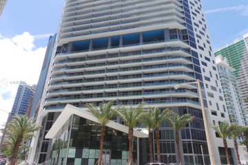 Home for Sale at 1300 Brickell Bay Dr #1905, Miami FL 33131