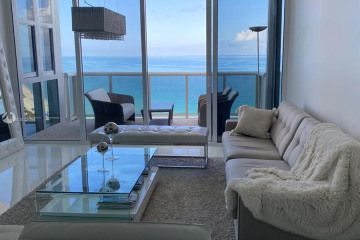 Home for Sale at 18201 Collins Ave #3606, Sunny Isles Beach FL 33160