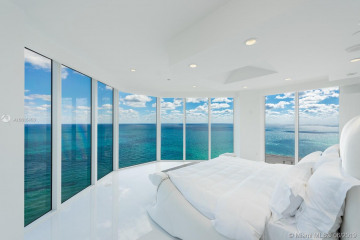 Home for Sale at 19333 Collins Ave #PH 2501, Sunny Isles Beach FL 33160
