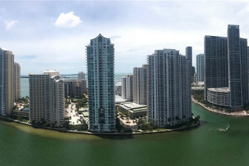 Home for Sale at 325 S Biscayne Blvd #3221, Miami FL 33131