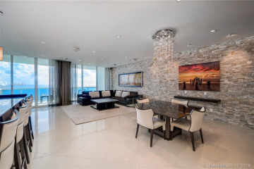 Home for Sale at 2711 S Ocean Dr #3503, Hollywood FL 33019