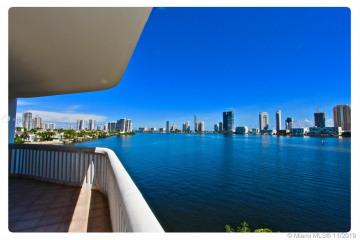 Home for Sale at 2800 Island Blvd #407, Aventura FL 33160