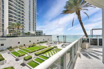 Home for Sale at 15811 Collins Ave #404, Sunny Isles Beach FL 33160