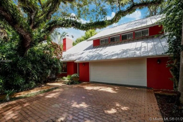 Home for Rent at 3982 Loquat Ave #3982, Miami FL 33133