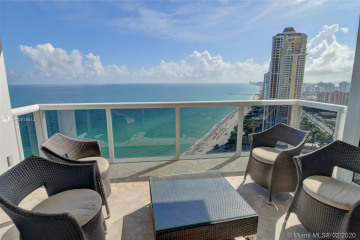 Home for Sale at 18101 Collins Ave #4206, Sunny Isles Beach FL 33160