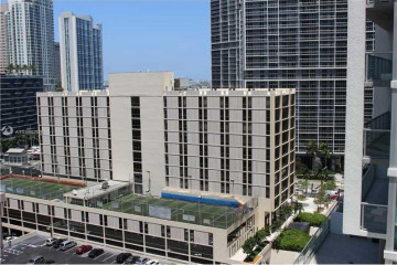 Home for Sale at 31 SE 6th St #1708, Miami FL 33131