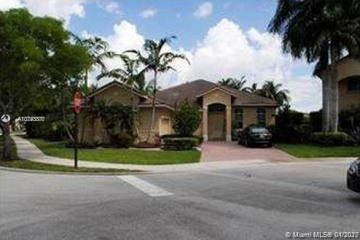 Home for Rent at 1598 Blue Jay Circle, Weston FL 33327