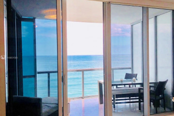 Home for Rent at 17121 Collins Ave #903, Sunny Isles Beach FL 33160