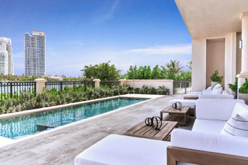 6811 Fisher Island Dr #6811
