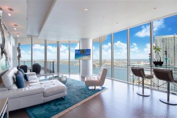 Home for Sale at 2020 N Bayshore Dr #3602, Miami FL 33137