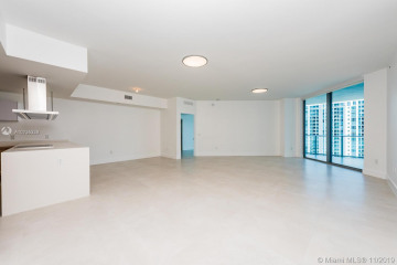 Home for Rent at 17111 Biscayne Blvd #1807, North Miami Beach FL 33160