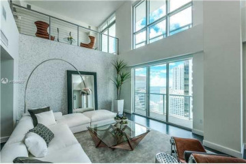 Home for Sale at 500 Brickell Ave #PH-4, Miami FL 33131