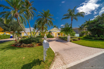 Home for Sale at 3201 Beacon St, Pompano Beach FL 33062
