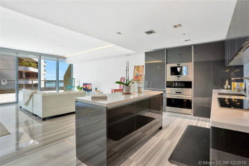 Home for Rent at 1451 Brickell Ave #903, Miami FL 33131