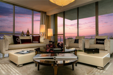 Home for Sale at 17749 Collins Ave #1901, Sunny Isles Beach FL 33160