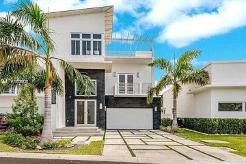 Home for Sale at 3467 NW 82nd Ct, Miami FL 33122