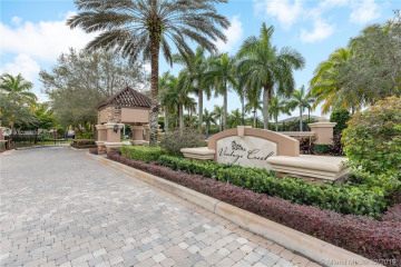 Home for Sale at 1580 NW 117th Ave, Plantation FL 33323